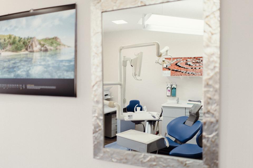 Zahnarztpaxis Dr. Vetter Dresden Löbtau Behandlungsraum