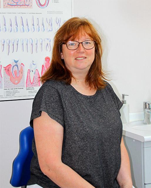 Kerstin Fiedler - Zahnmedizinische Fachangestellte